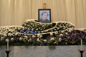 会長の葬儀1